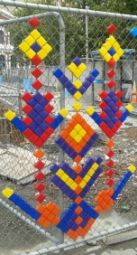 Beautifying the many fences of many construction sites