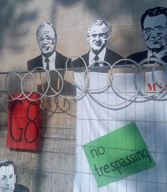 Anti-G8 street art at the Munich Streetlife Festival on Leopoldstr. June 2007