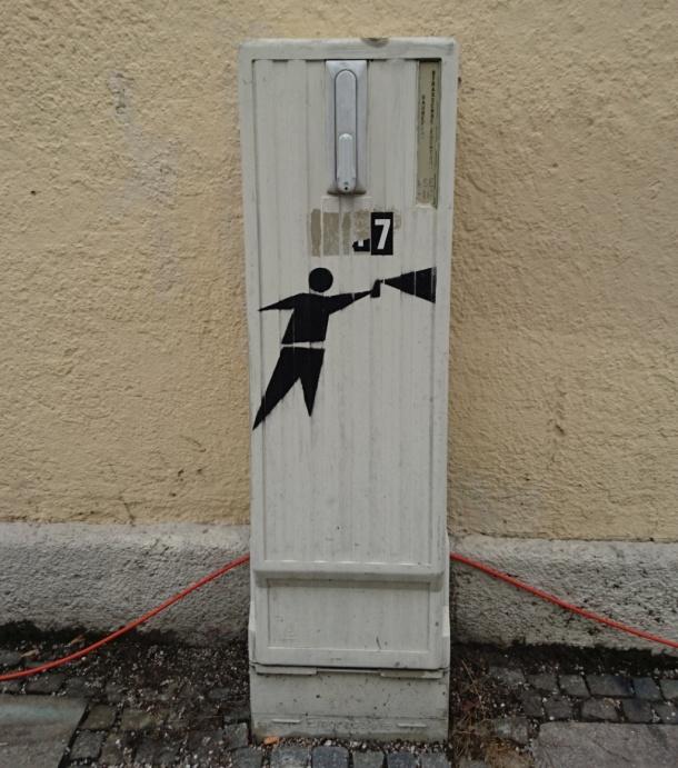 Singular sprayer stencil